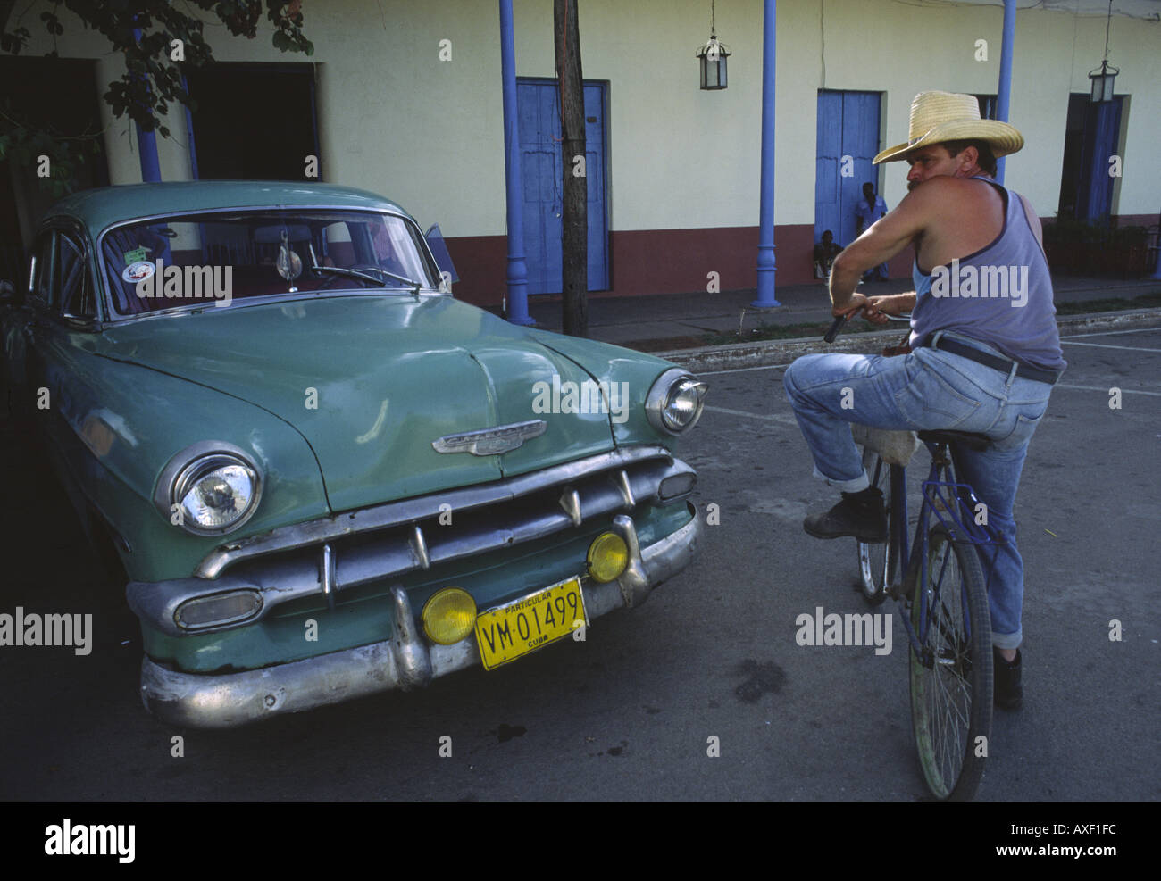1950s American cars and bicycles from China modern day ...