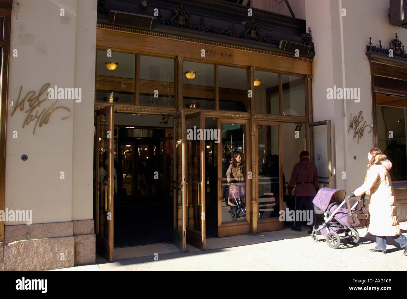 Bloomingdale Store Stock Photos & Bloomingdale Store Stock Images ...