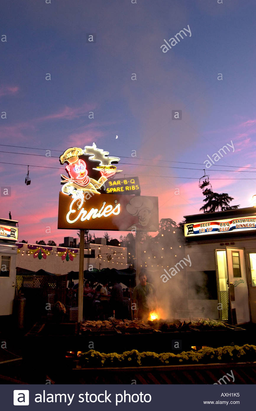 Ernies Barbeque Spare Ribs Shack at the L A County Fair Pomona California - Stock Image