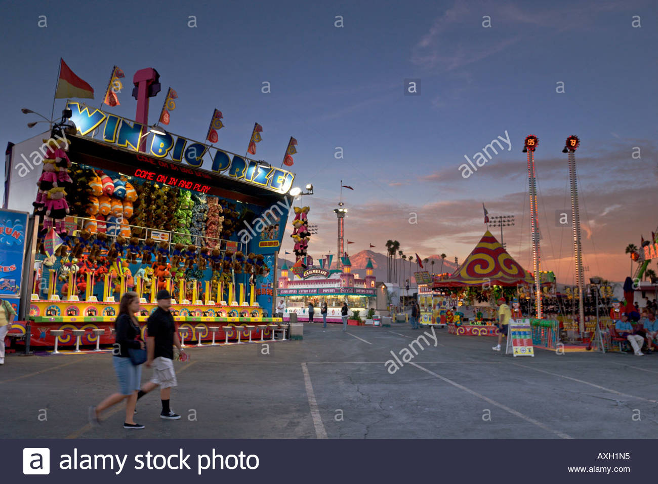 Carnival Games Midway at Sunset Los Angeles County Fair Pomona California - Stock Image