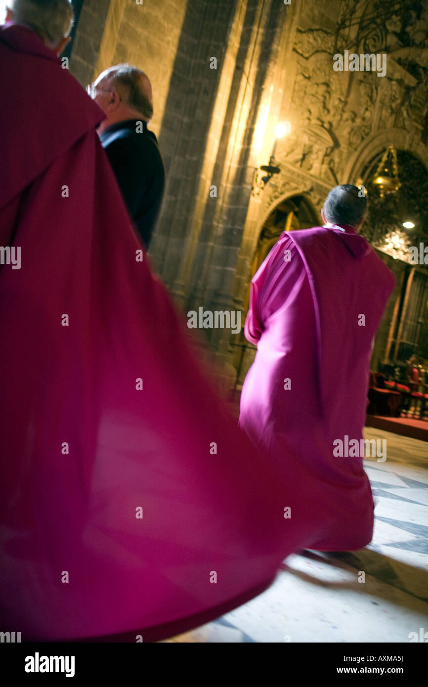 Priest Purple Robe High Resolution Stock Photography And Images Alamy