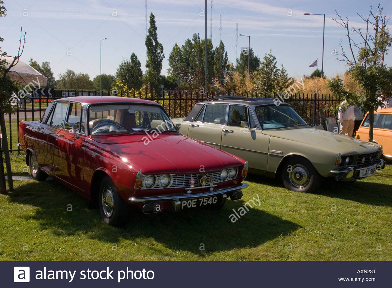 CLASSIC CARS BRITISH ROVER SEVENTIES V8 Stock Photo: 16881797 - Alamy