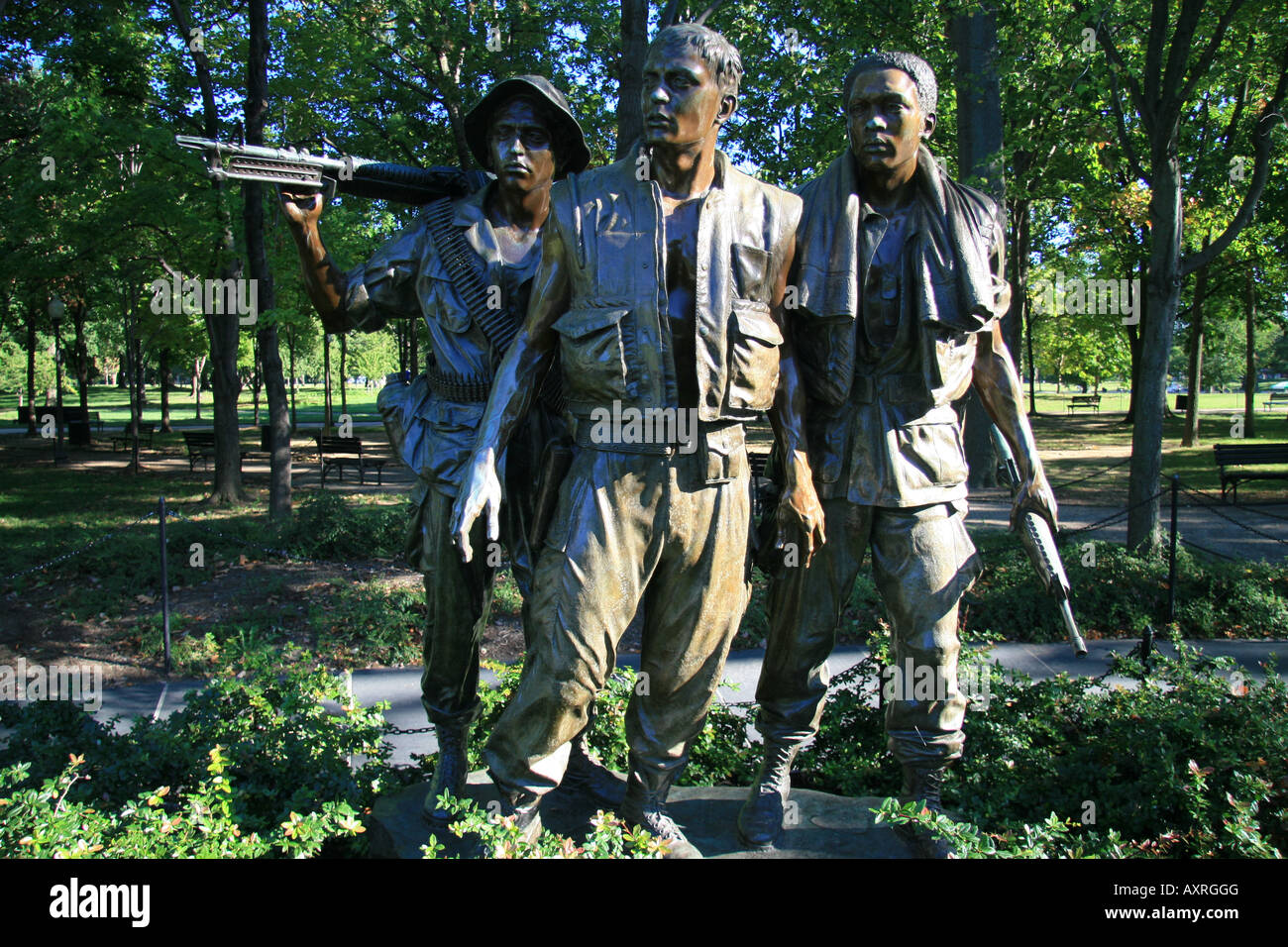 The Three Soldiers Memorial Statue Beside The Vietnam Veterans Memorial,  Constitution Gardens, Washington DC.