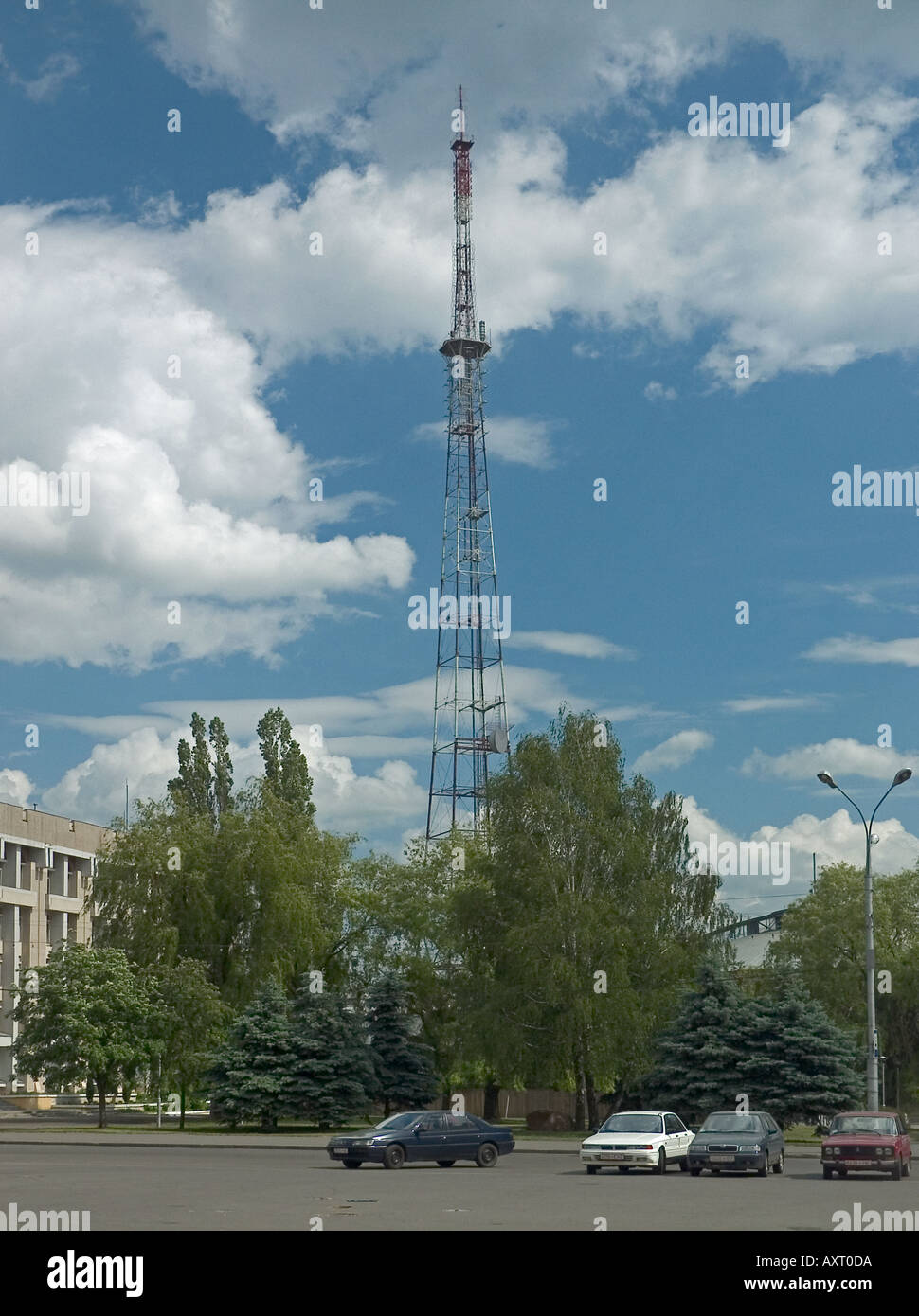 Gomel FM radio, broadcasting station and transmission aerial
