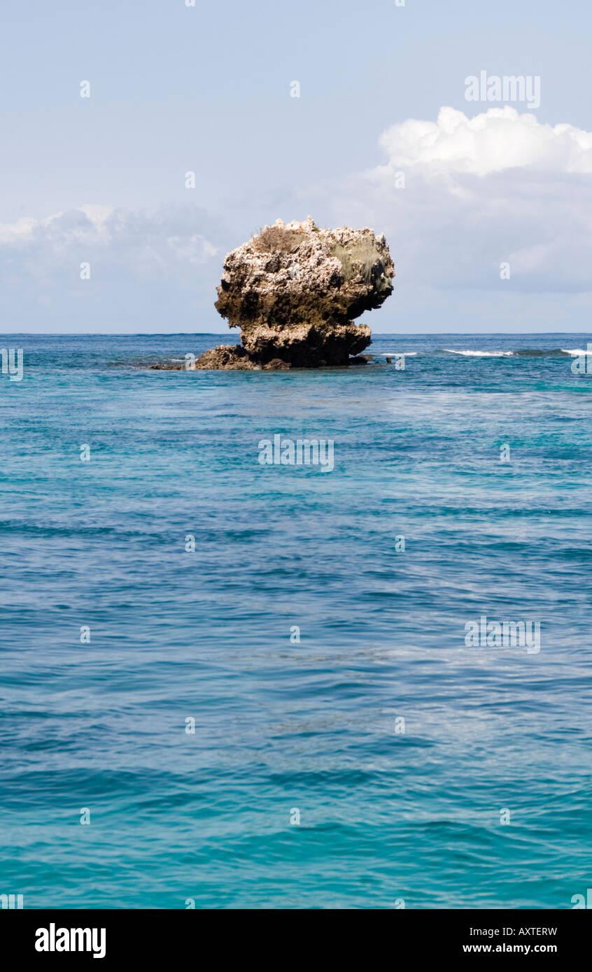 Small coral island in Chole Bay off Mafia Island Tanzania - Stock Image