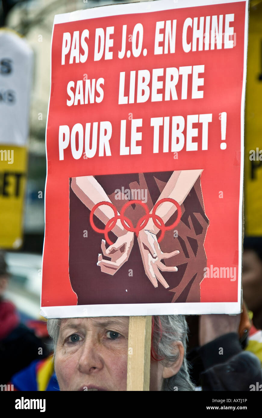 Paris FRANCE, 'Tibet Demonstration' by Tibetan Immigrants 'Global Day for Tibet'  Woman 'French - Stock Image