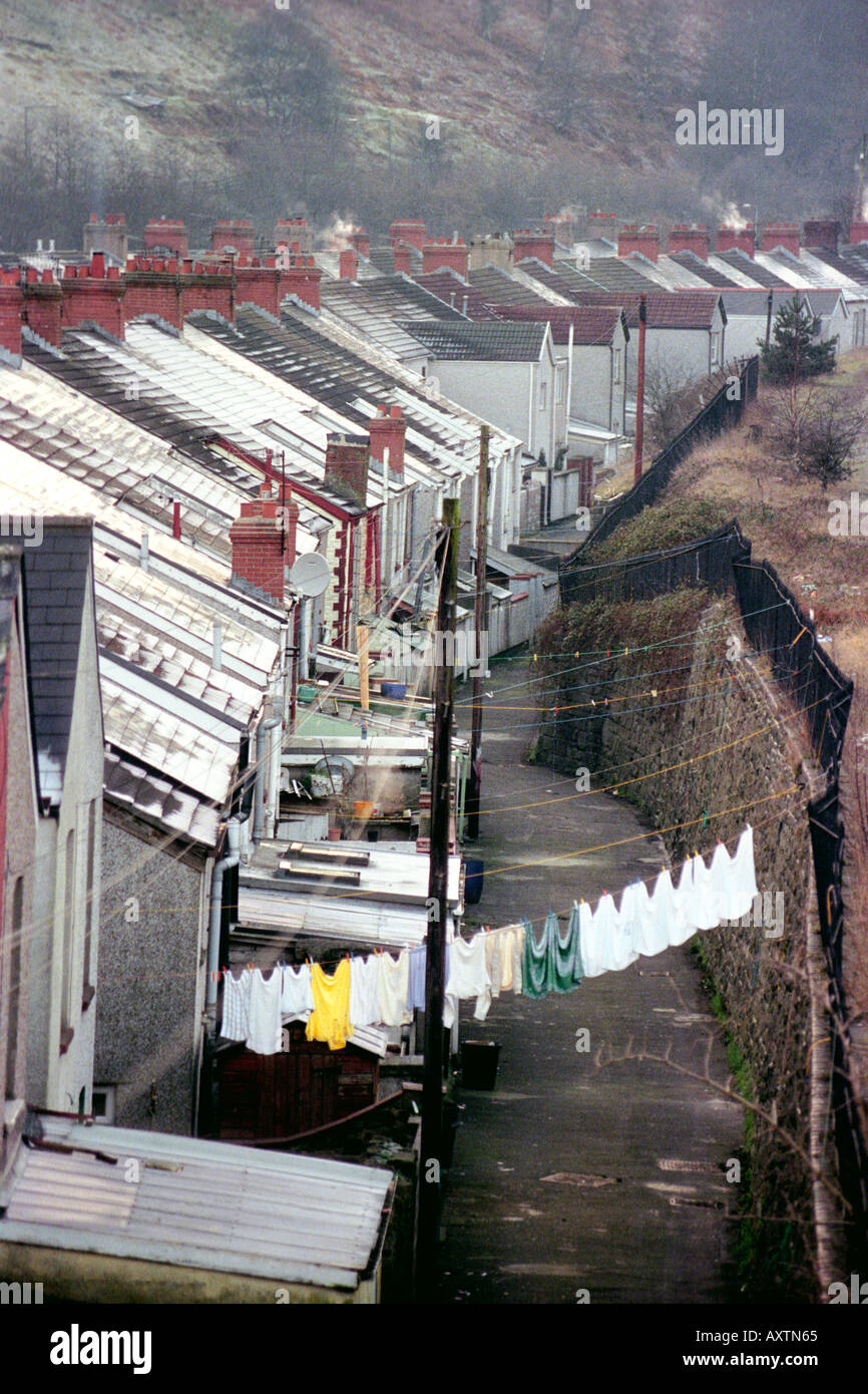 Former coal mining village of Llanhilleth South Wales UK GB on a cold frosty winters day with clothes drying on washing line - Stock Image