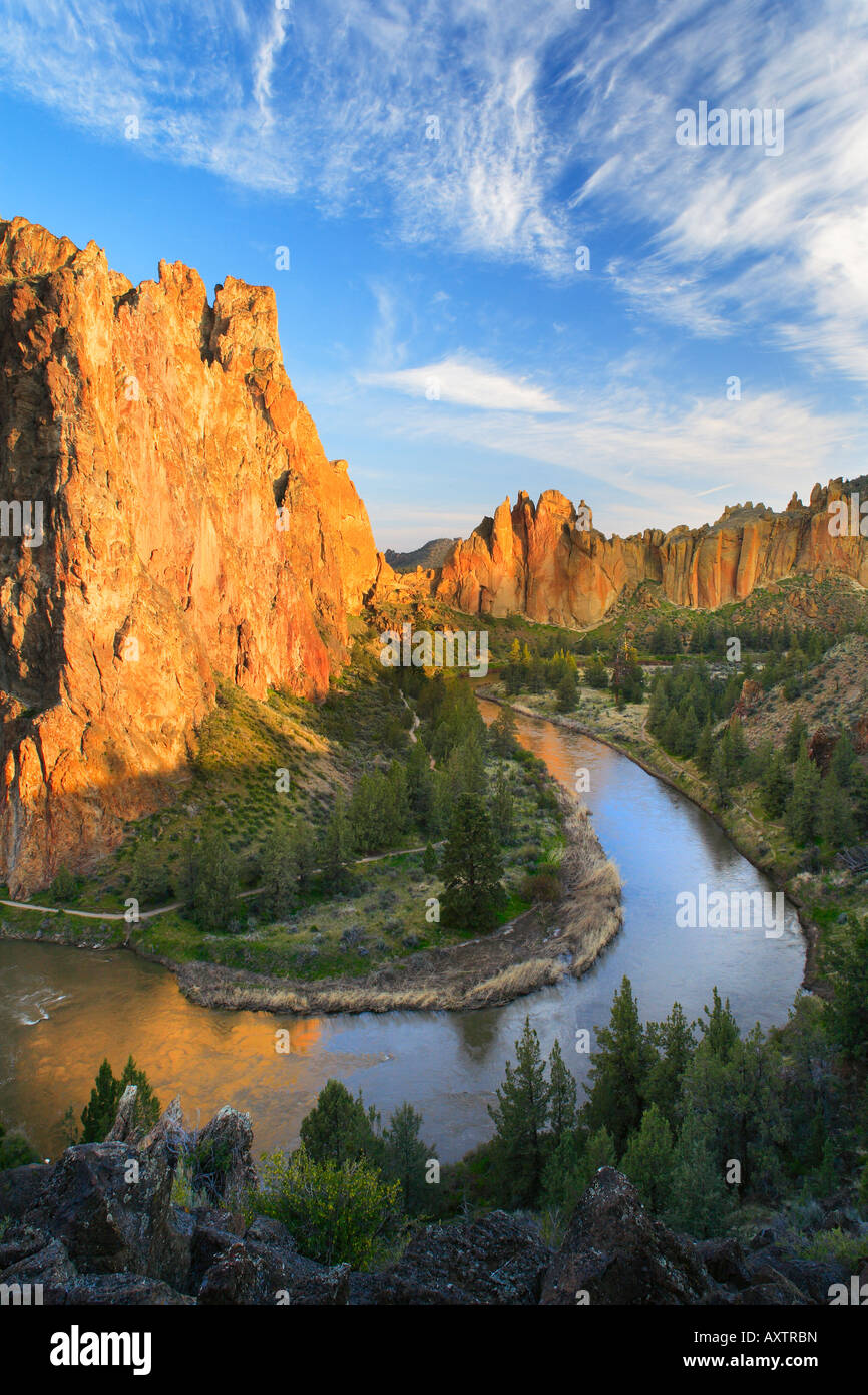 Crooked River and Smith Rock - Stock Image