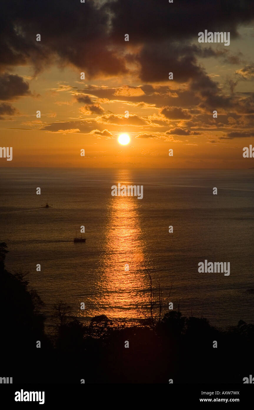 Sunset over Pacific near Manuel Antonio, Costa Rica - Stock Image