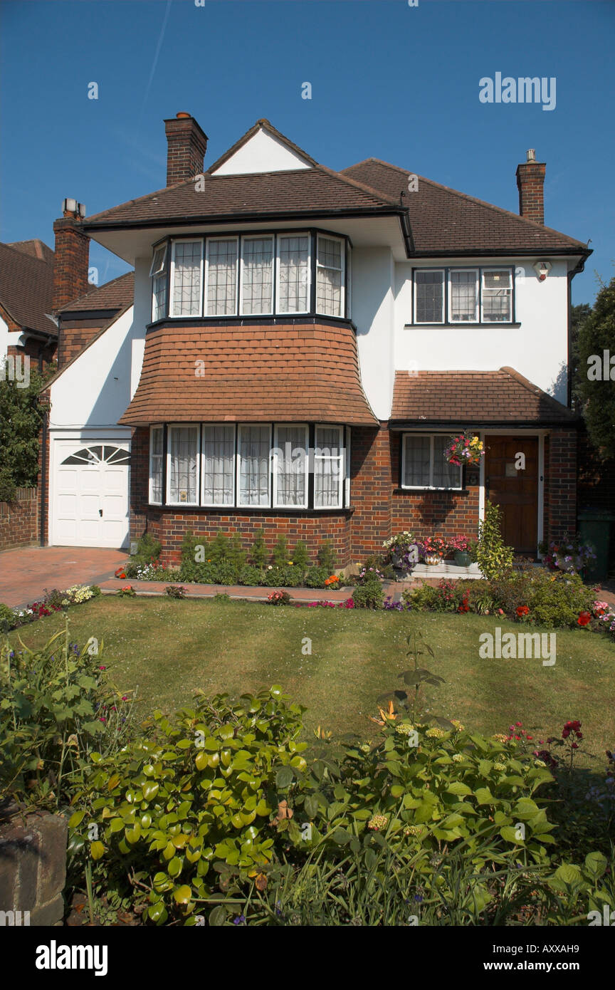 uk england surrey detached house in 1930s style - Stock Image