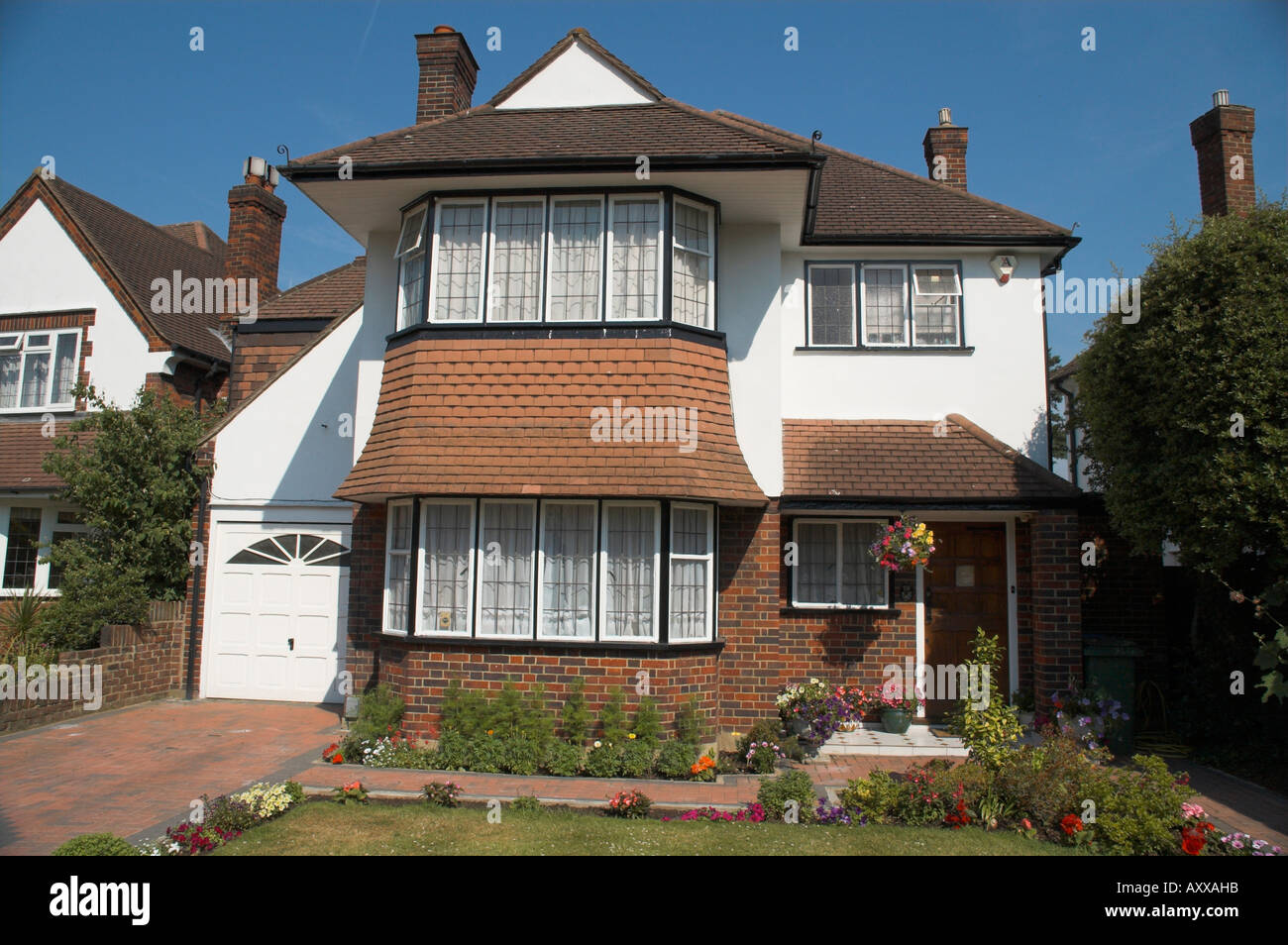 Superb 1930S House Stock Photos 1930S House Stock Images Alamy Interior Design Ideas Tzicisoteloinfo