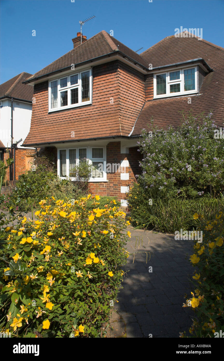 uk england surrey semi detached house in 1930s style - Stock Image