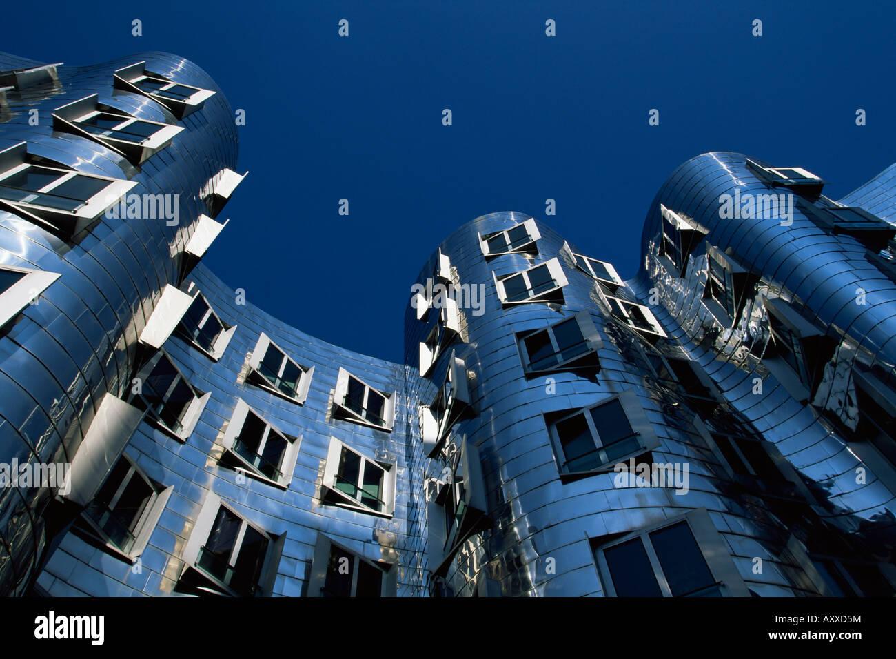 The Neuer Zollhof building by Frank Gehry, at the Medienhafen, Dusseldorf, Nord Rhine-Westphalia, Germany, Europe - Stock Image