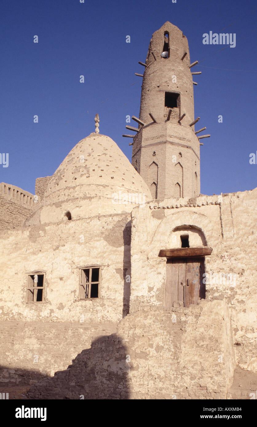 Oase Dakhla (Dachla), Moschee El Quasr (Al-Qasr), Lehmbau - Stock Image