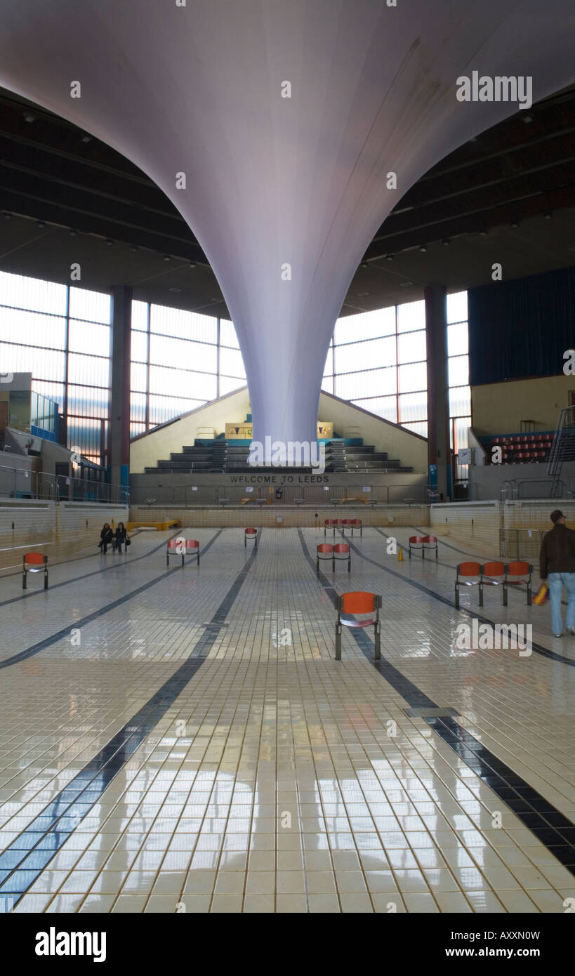 The Accumulator art installation in the Leeds International Pool prior to redevelopment of the site. - Stock Image