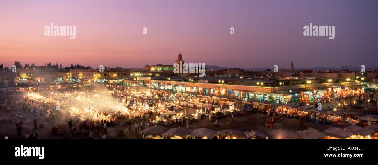 Place Jemaa El Fna (Djemaa El Fna) at dusk, Marrakesh (Marrakech), Morocco, North Africa, Africa - Stock Image