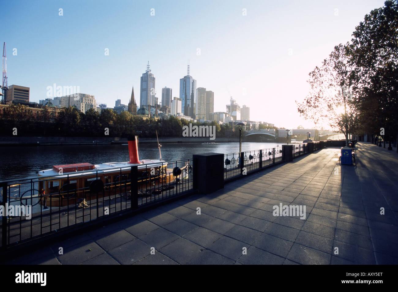 Yarra River and city skyline, Melbourne, Victoria, Australia, Pacific - Stock Image