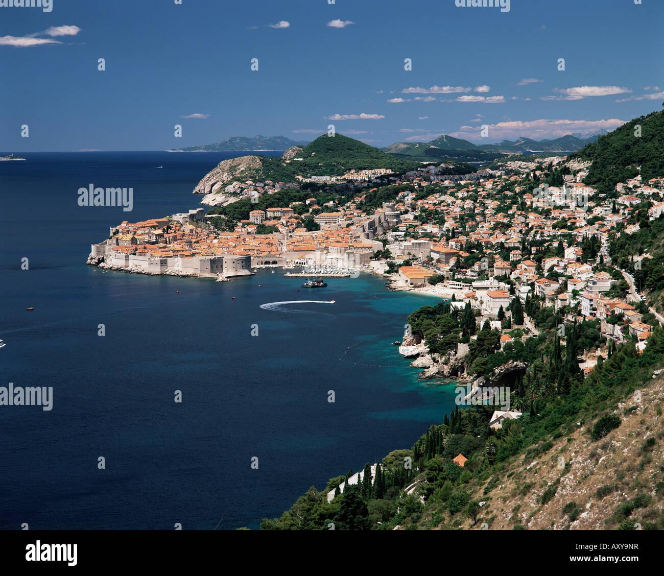 Elevated view along the coast to the city of Dubrovnik, Dalmatia, Dalmatian coast, Croatia, Europe - Stock Image