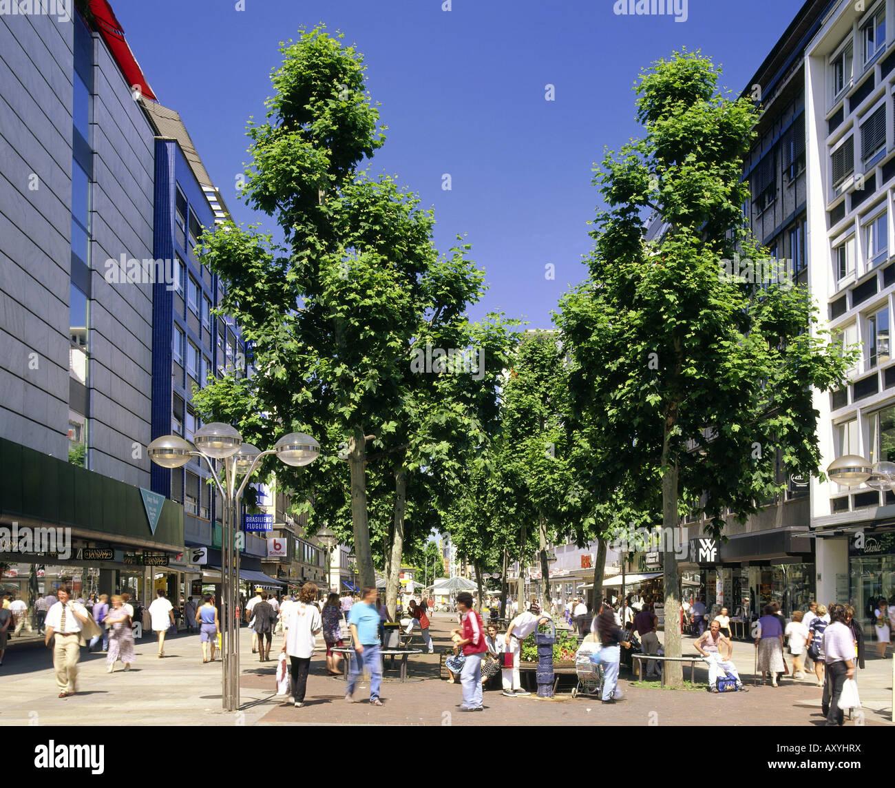 geography / travel, Germany, Baden-Wuerttemberg, Stuttgart, street scenes, pedestrian precinct / pedestrian area, - Stock Image