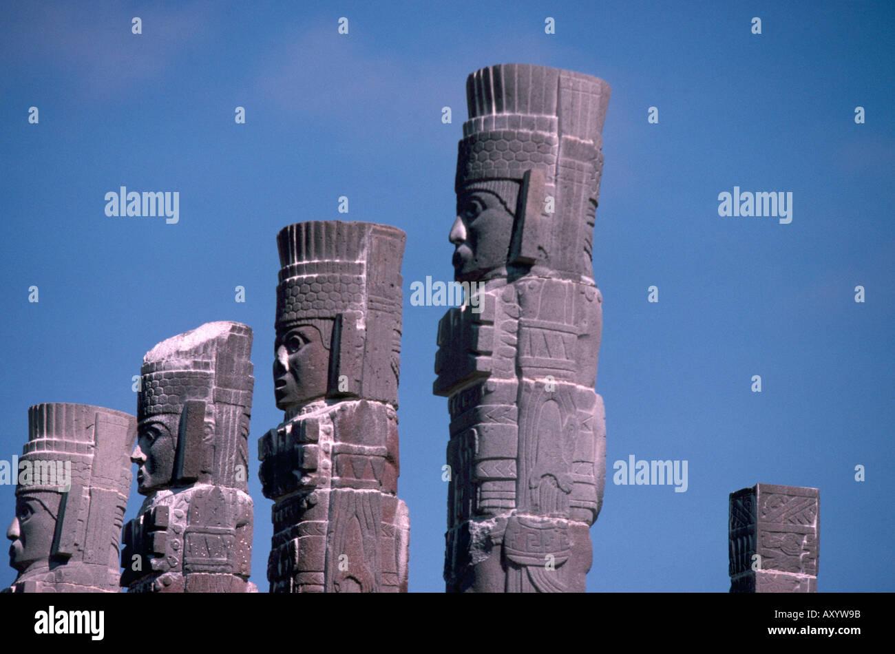 Tula, Atlanten, Säulen eines eh. Daches - Stock Image