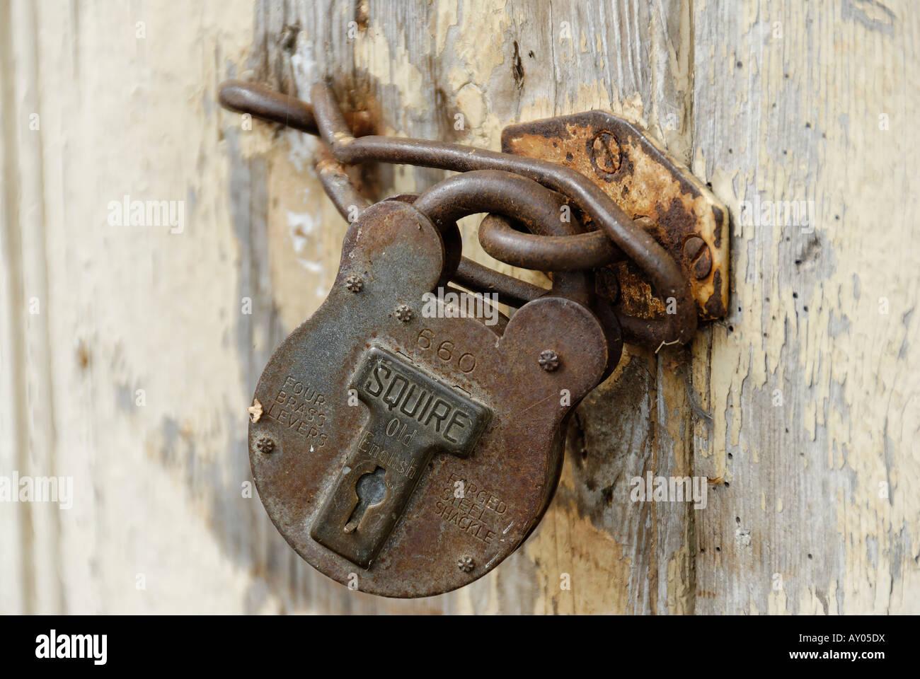 Rusting padlock - Stock Image