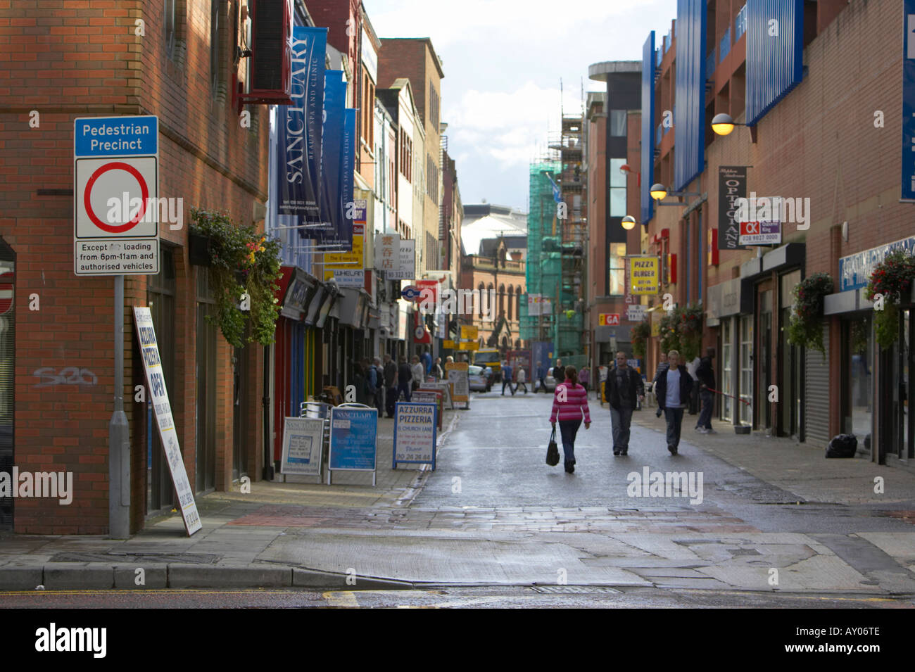 Pedestrian precinct no vehicles except for loading and permit holders sign at entrance to pedestrian area in Belfast City Centre - Stock Image