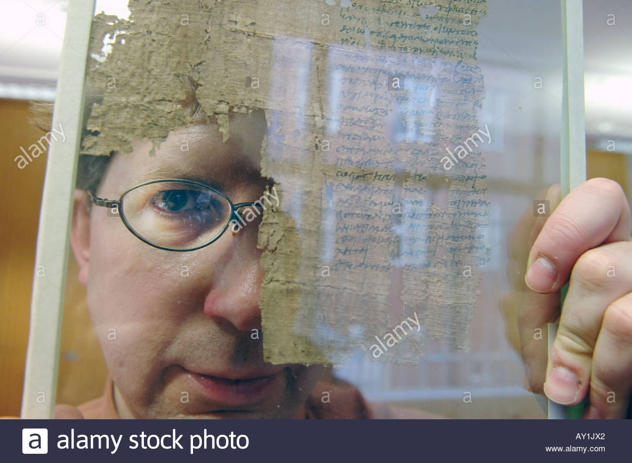 Dr Dirk Obbick of Christ Church College at Oxford University He is working on Papyrus at the Sackler Institute Stock Photo
