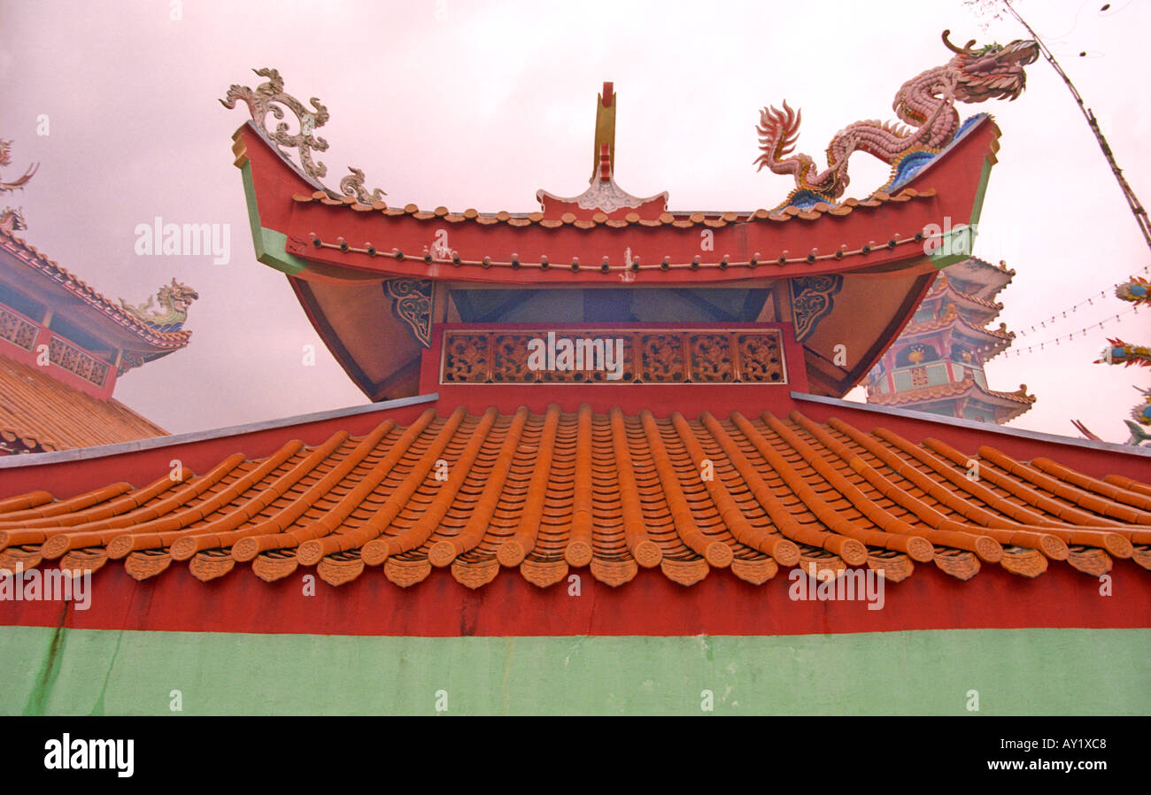 Design Of The Roof Of A Chinese Temple In Malaysia Stock Photo Alamy