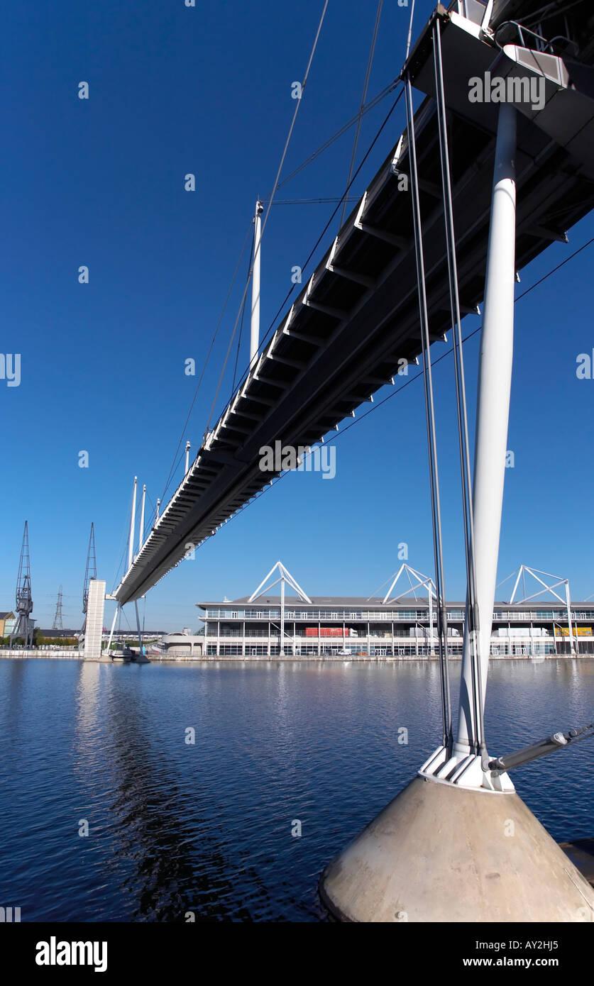 Royal Victoria Dock Bridge Stock Photo 9698020 Alamy