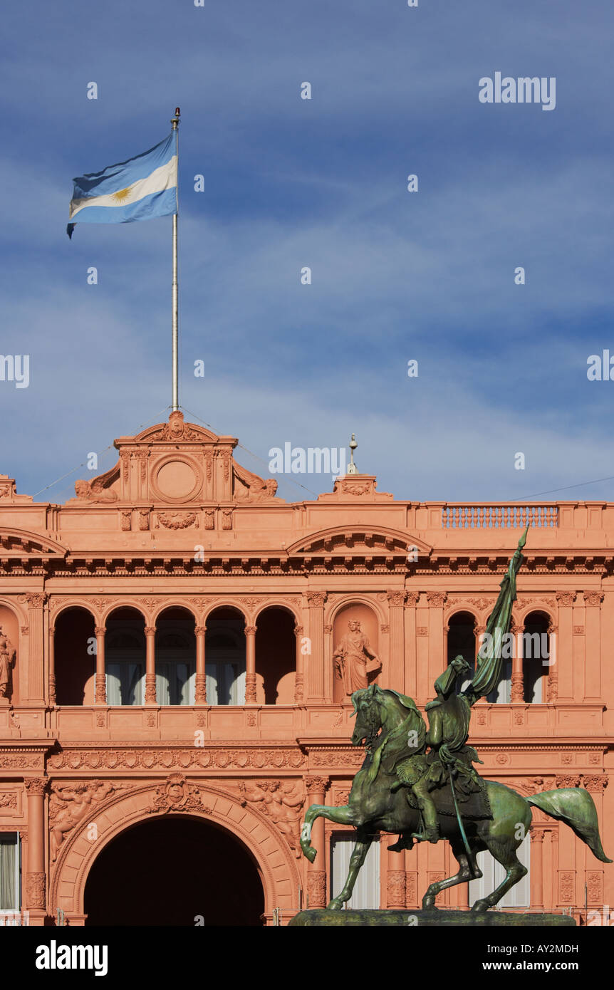 Statue of Manuel Belgrano in front of Casa Rosada Government House in Plaza Mayo Buenos Aires Argentina South America - Stock Image