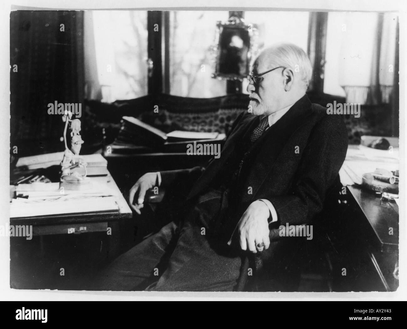 Sigmund Freud 1937 25b - Stock Image