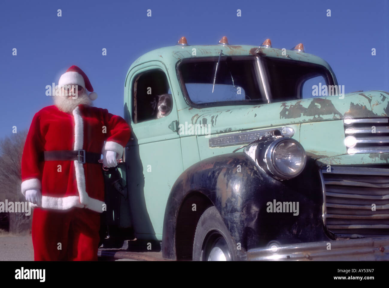 MR 690 Richard Rumph as Santa Claus arrives with a different kind of sleigh in Capitan, New Mexico. - Stock Image