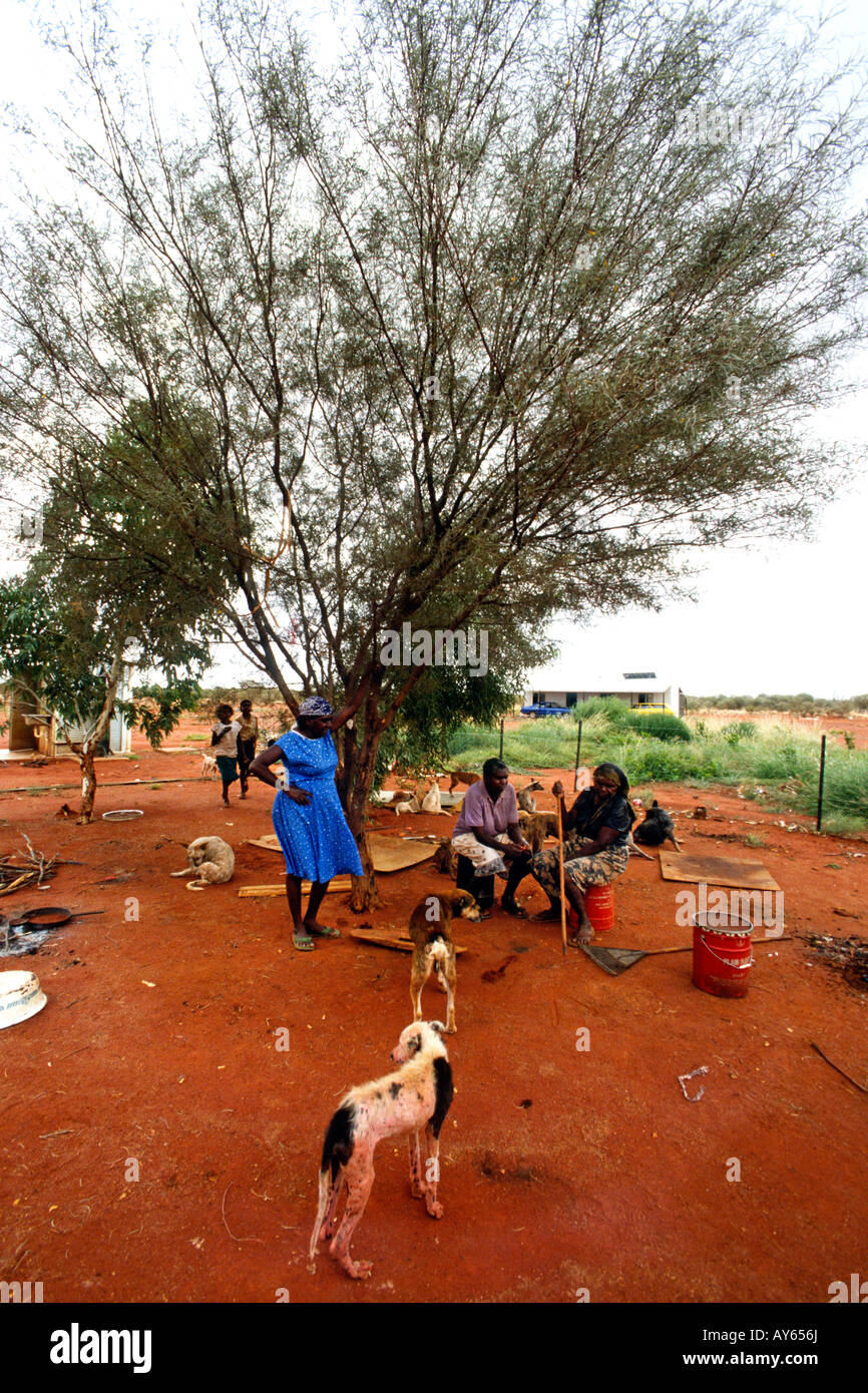 Australia Aboriginal community near Alice Springs - Stock Image