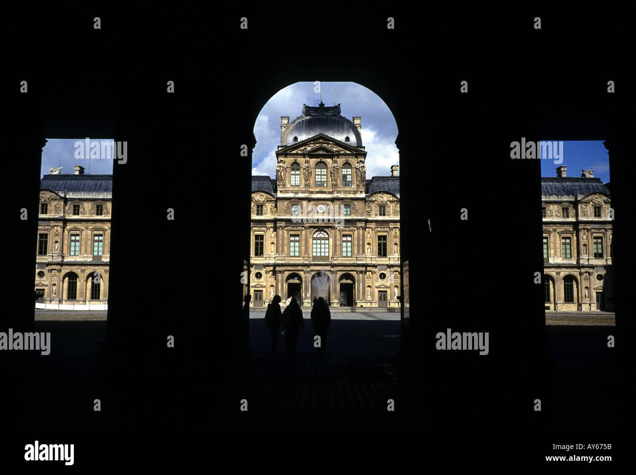 FRANCE,Paris. TOURISM LOUVRE ART GALLERY MUSEUM - Stock Image