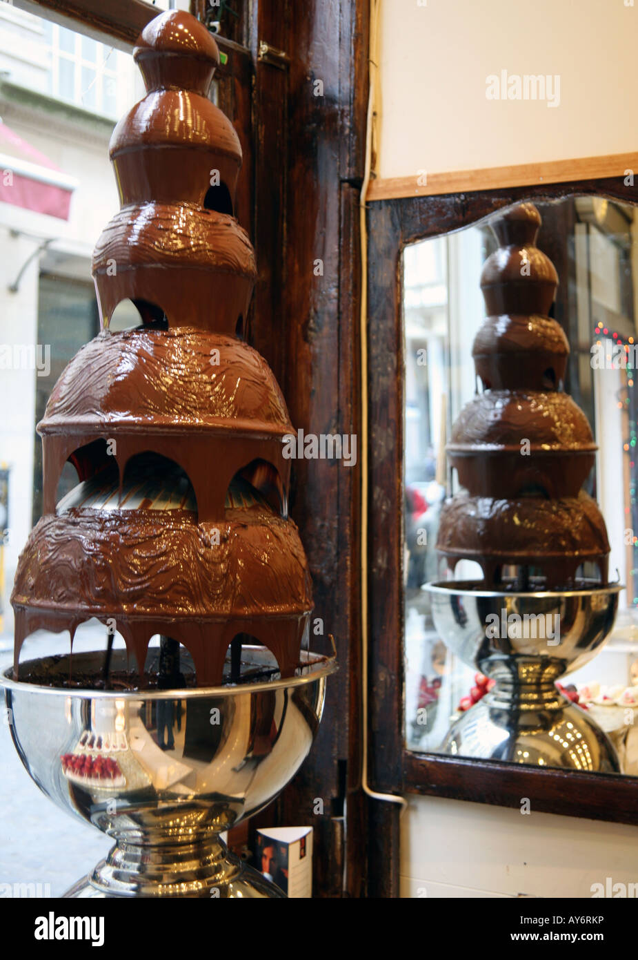 Chocolate Fountain In Brussels Shop Stock Photo 17011353 Alamy