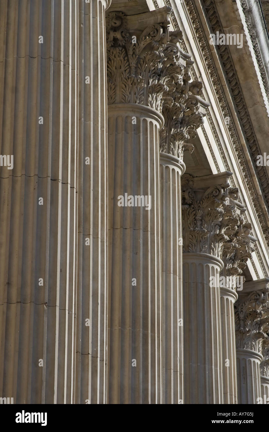Corinthian columns line the facade of St Paul's Cathedral, London. - Stock Image