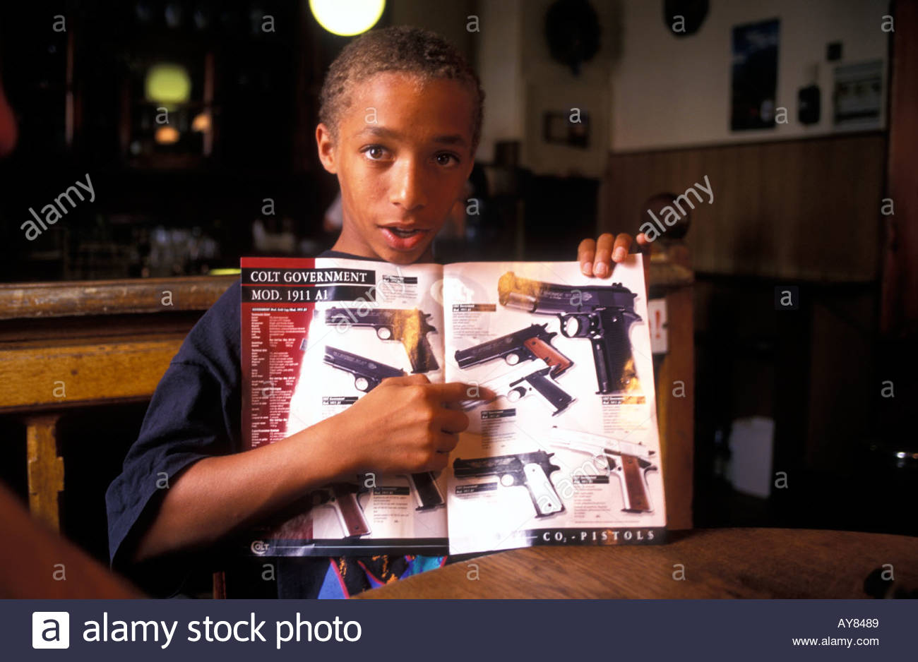 Magazine Boy Stock Photos & Magazine Boy Stock Images - Alamy