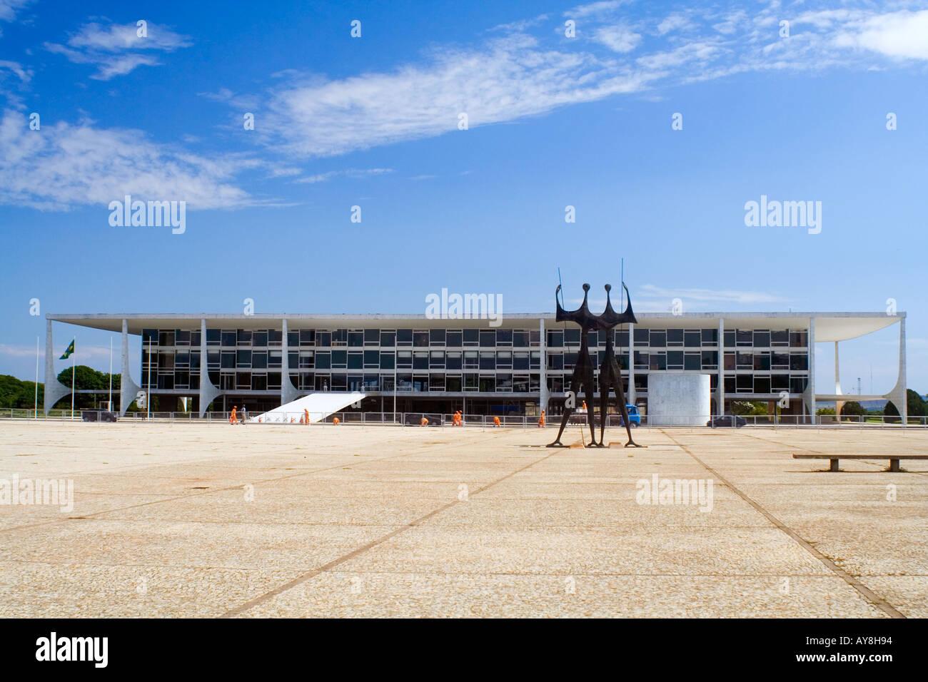 Three Powers Square and Planalto Palace Stock Photo