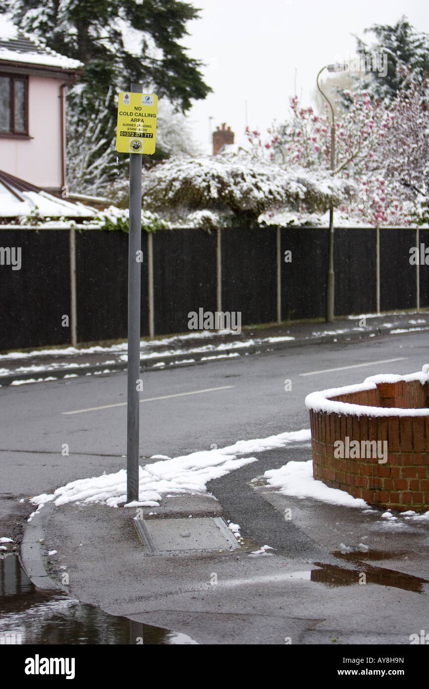 No Cold Calling sign on cold, snowy winter's day - Stock Image