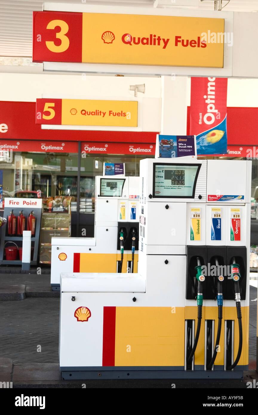 Shell garage petrol stock photos shell garage petrol stock images alamy - Find nearest shell garage ...
