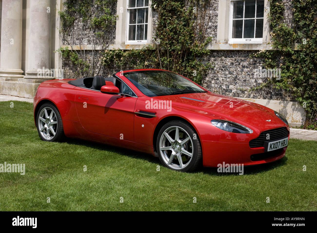 Aston Martin V8 Vantage Roadster Red Stock Photo Alamy