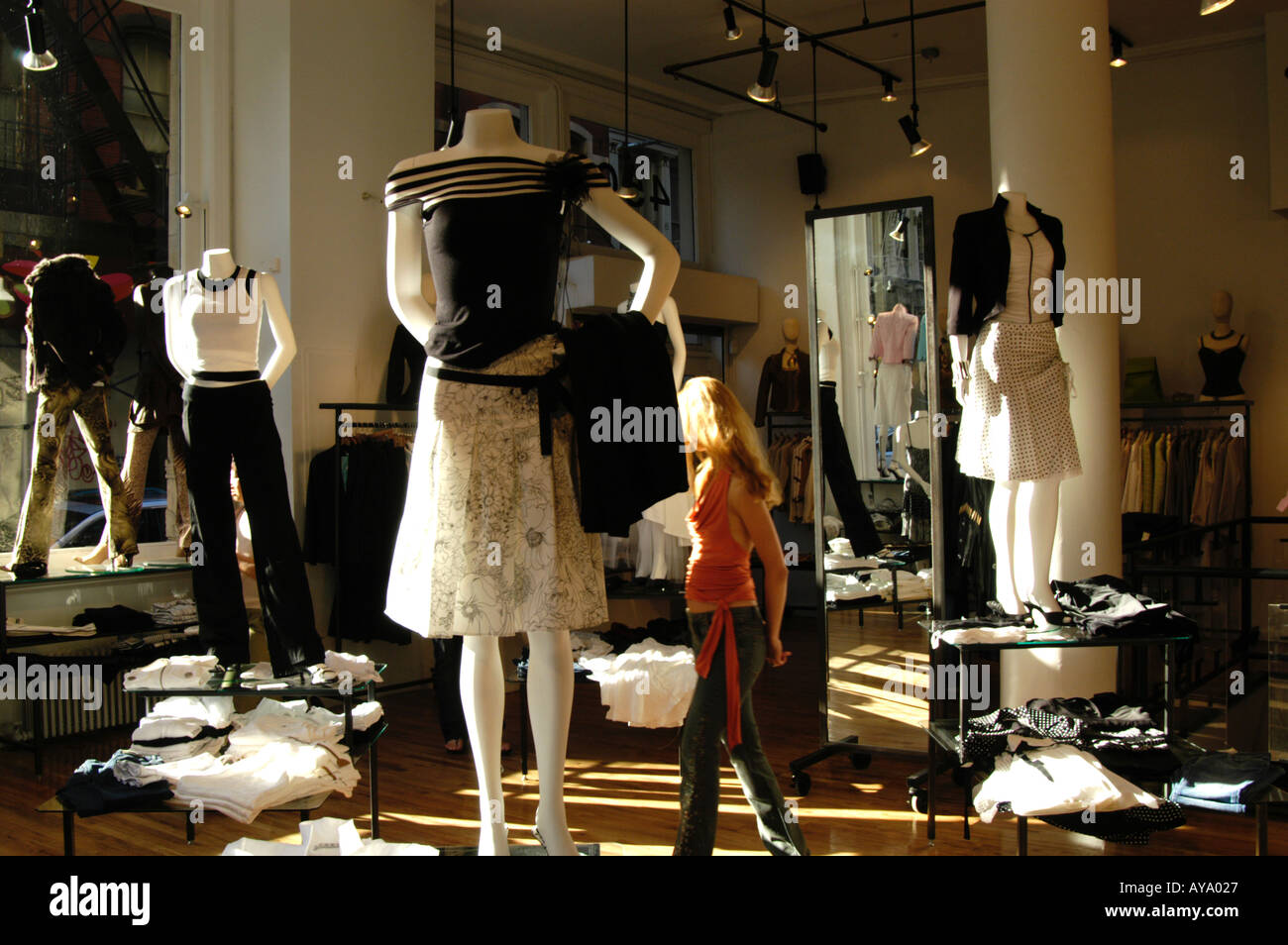 989f175fdcf47 WOMEN'S FASHION STORE SOHO, NEW YORK CITY, USA Stock Photo: 1810470 ...