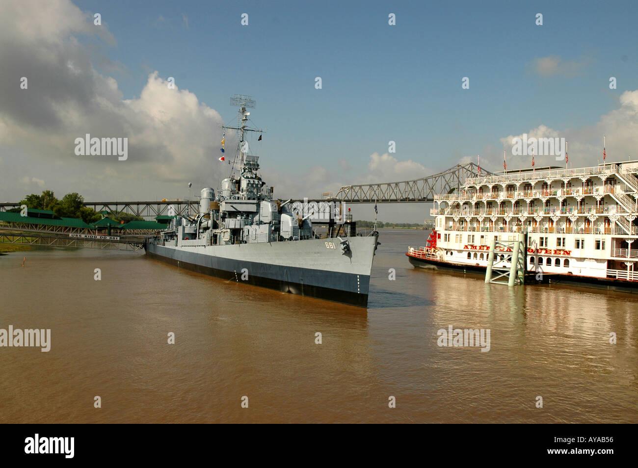 Baton Rouge LA Louisiana USS Kidd old fashioned steamboat - Stock Image