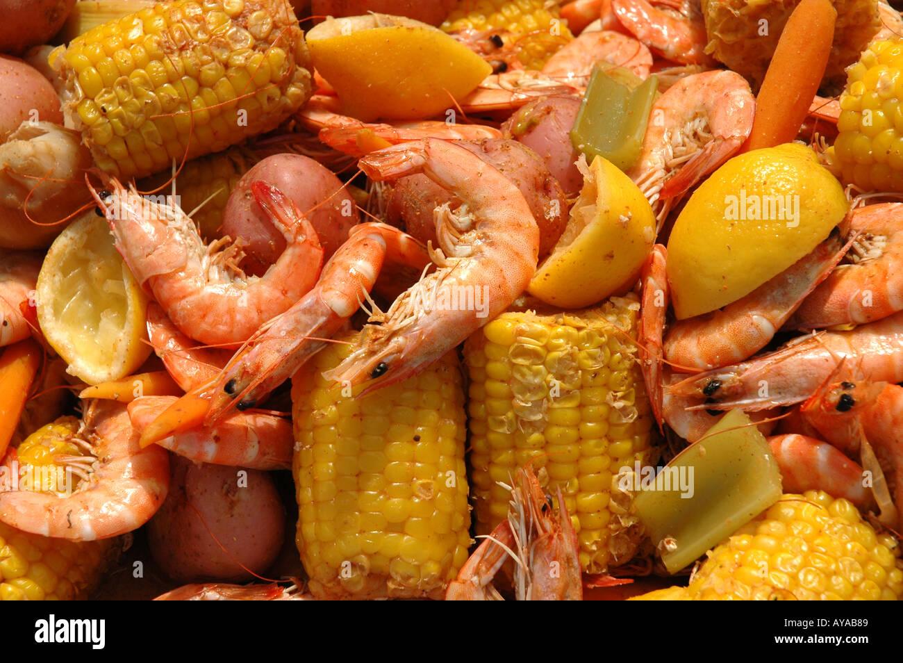 Louisiana shrimp boil Cajun cooking - Stock Image