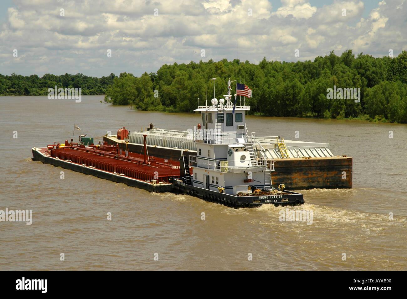 Mississippi River barge transport - Stock Image