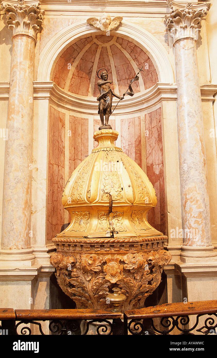 San Giovanni in Bragora Baptismal Font used to baptize Vivaldi Venice - Stock Image