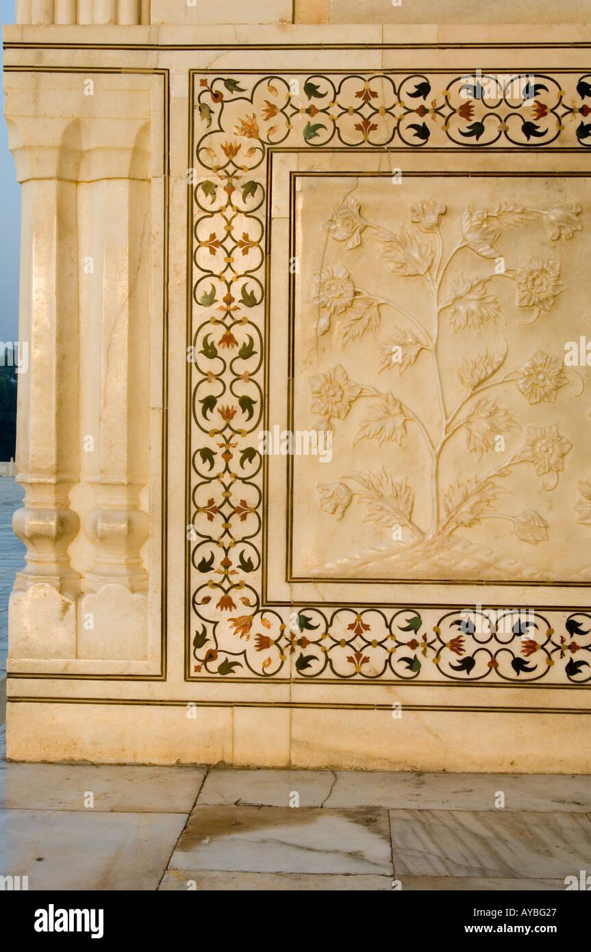 Floral Design Taj Mahal Agra Stock Photos & Floral Design Taj Mahal ...