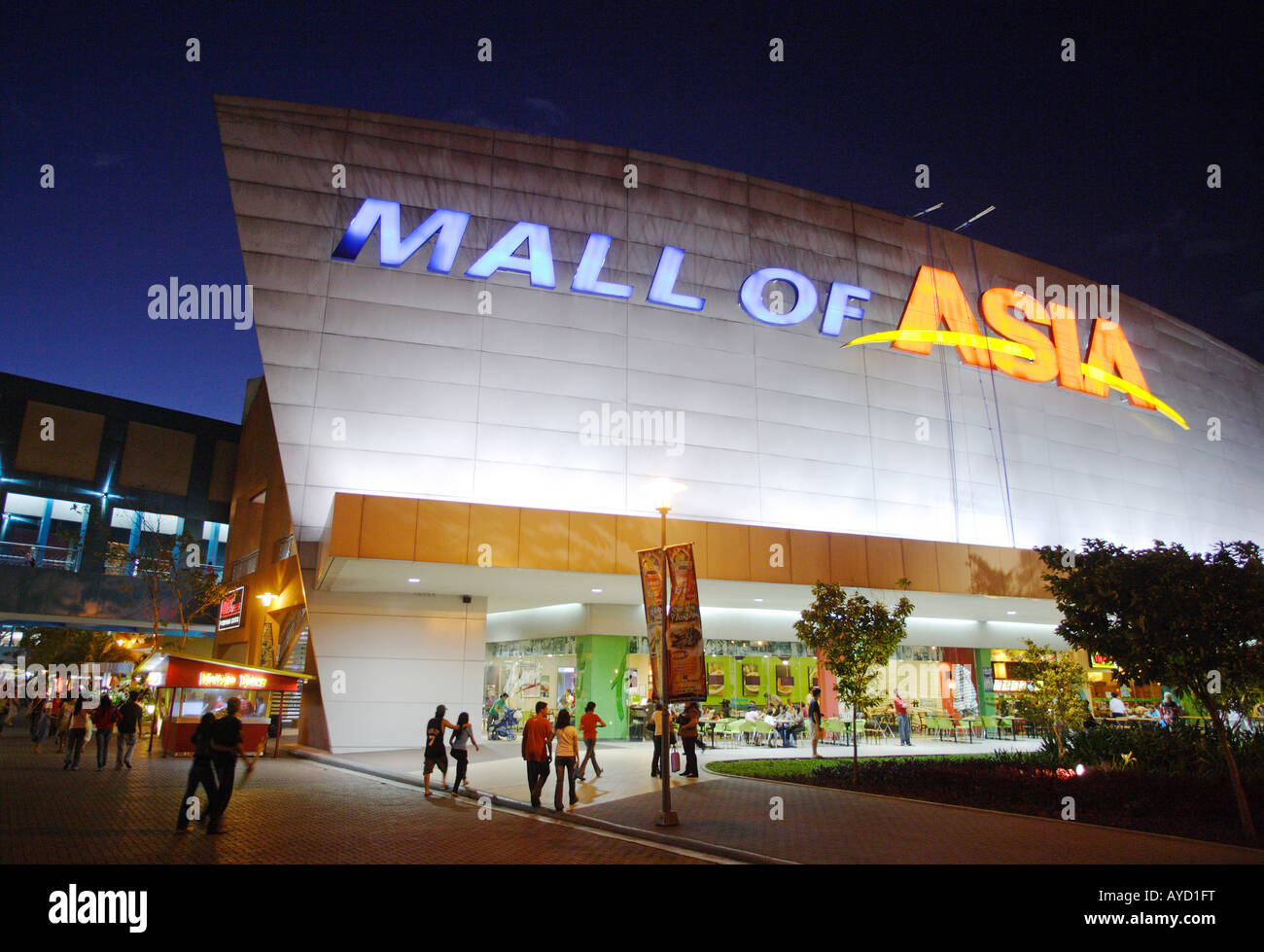 Manila, The Philippines: 'Mall of Asia', the biggest shopping center of Asia - Stock Image
