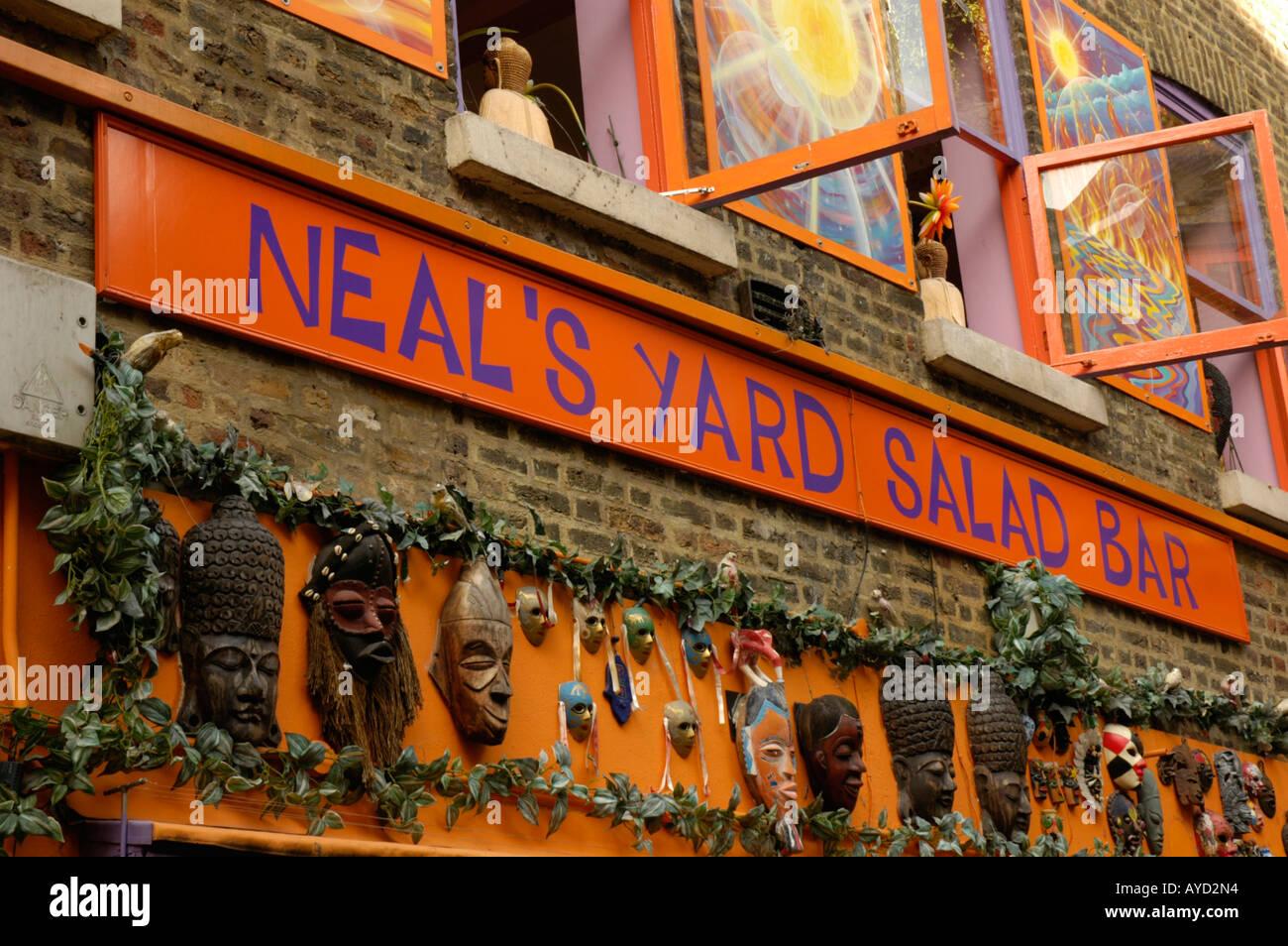 Neal\'s Yard Salad Bar in Neal\'s Yard Covent Garden London England ...