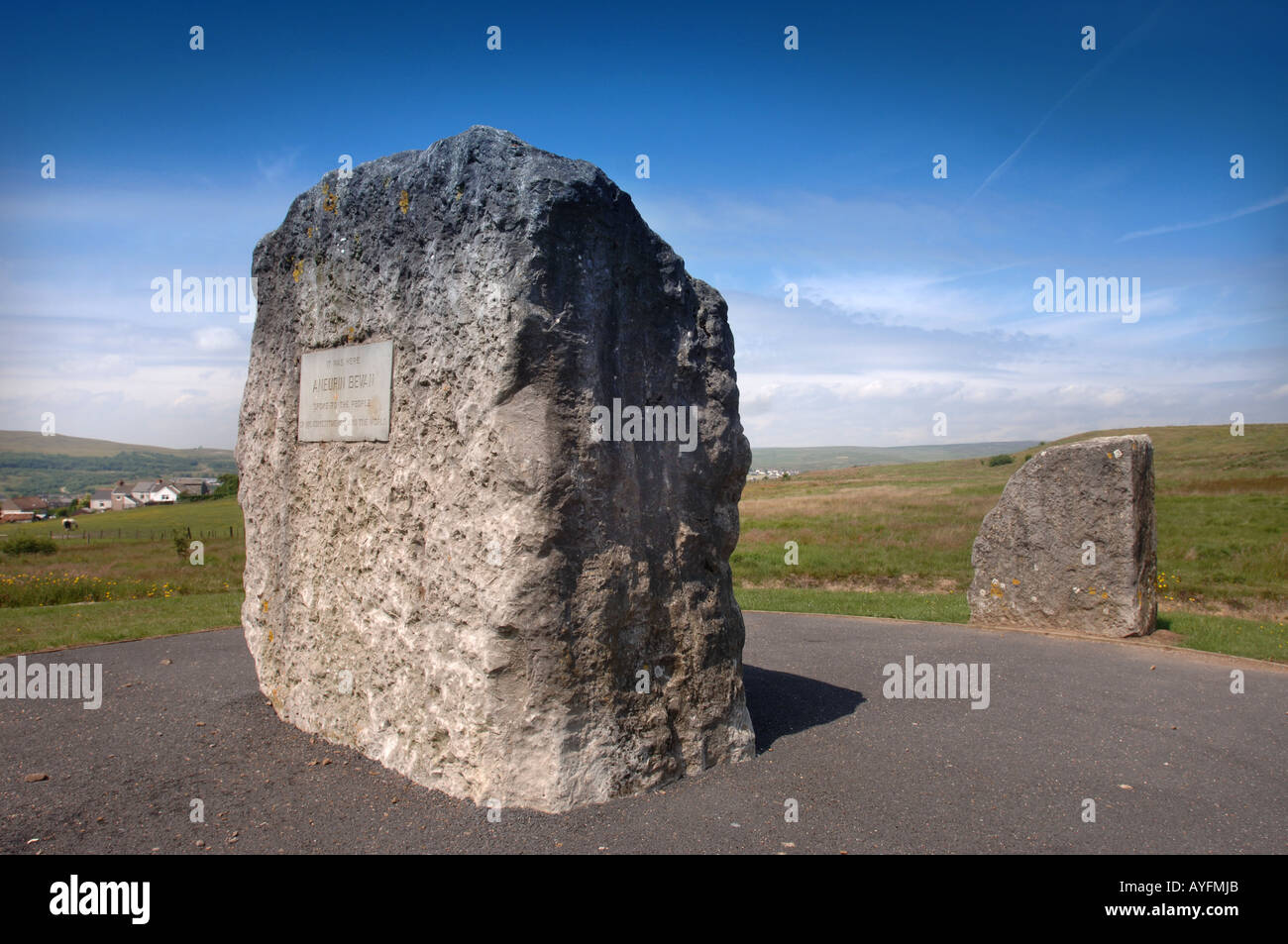 THE MEMORIAL TO ANEURIN BEVAN WHO FORMED THE NATIONAL HEALTH SERVICE OVERLOOKING TREDEGAR NEAR EBBW VALE GWENT SOUTH WALES UK - Stock Image